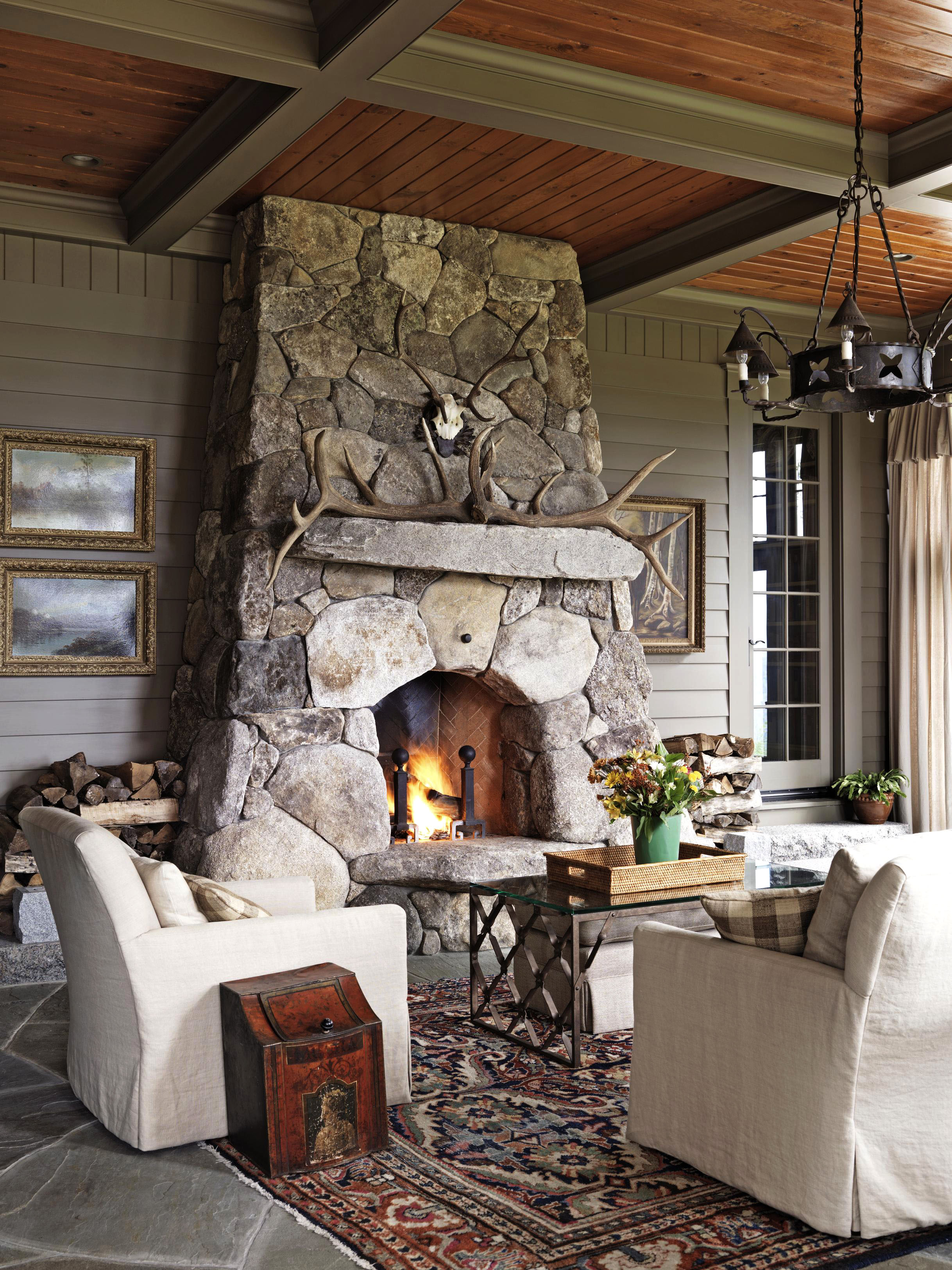 Inviting Spaces Amp Cozy Fireplaces